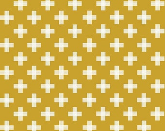 Gold and White Geometric Weave Cotton Fabric, Four Corners by Simple Simon for Riley Blake Designs, Weave Print in Gold, 1 Yard
