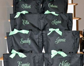 Monogrammed Totes Set of 5 Bags Bridesmaids Gifts Personalized Bridal Party Gifts Monogrammed Bridesmaids Gifts