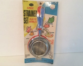 Vintage Nevco 3 piece Stainless Strainer Set Blue Plastic Handles 1964 NOS