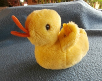 Steiff duck, cosy Piccy duck, yellow, w.button/flag, made in Germany 166
