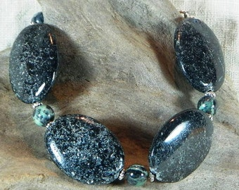 """Chunky black schist bracelet 9"""" long geology blue green schist metamorphic toggle clasp semiprecious stone jewelry in a gift bag 11475"""