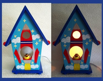 Rocketship Birdhouse Nightlight Lamp with Wire Photo holder