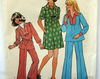 Vintage Dress or Top and Pants Sewing Pattern Simplicity 7105 Size 12 14 Bust 30 32 UNCUT 1975
