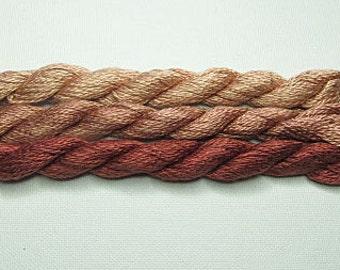 F253 Vineyard Silk
