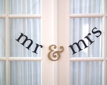 mr & mrs Banner.  Order Early and Save on Shipping.  Ships by 1st Class Mail.  5280 Bliss.  Banner.  Garland.