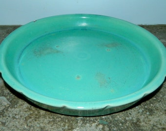 vintage 1940s WELLER Pottery turquoise ceramic tart pan / scalloped edge pie dish plate
