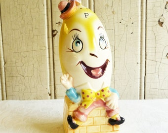 Vintage Humpty Dumpty Pepper Shaker - Large Range Size - Tilso Made in Japan Mid-Century 1960s