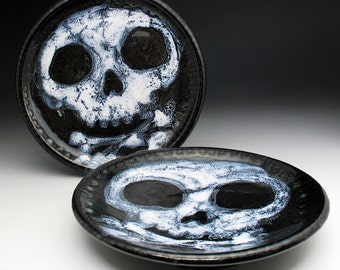 Skull Dishes, Skull & Crossbones Lunch Plates
