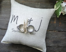 Personalized Ring Bearer Pillow, Custom Ring Bearer Pillow, Personalized Ring Holder Pillow, Rustic Wedding Ring Pillow, Linen Ring Pillow