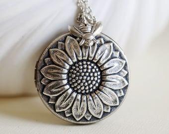 Locket Necklace,Sunflower Locket, Bee Locket,Summer,Garden,Silver Locket,Jewelry,Necklace,Flower,Wedding Necklace,bridesmaid