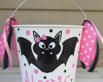 Personalized Halloween bucket - bat - trick or treat - 5 quart pail