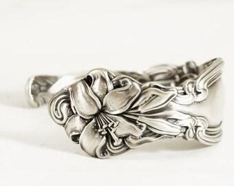 Stargazer Lily Bracelet, Cuff Spoon Bracelet, Sterling Silver Spoon Bracelet, Flower Frontenac Lilly, Cuff Bracelet Size 6, 6.5, 7 (5801)