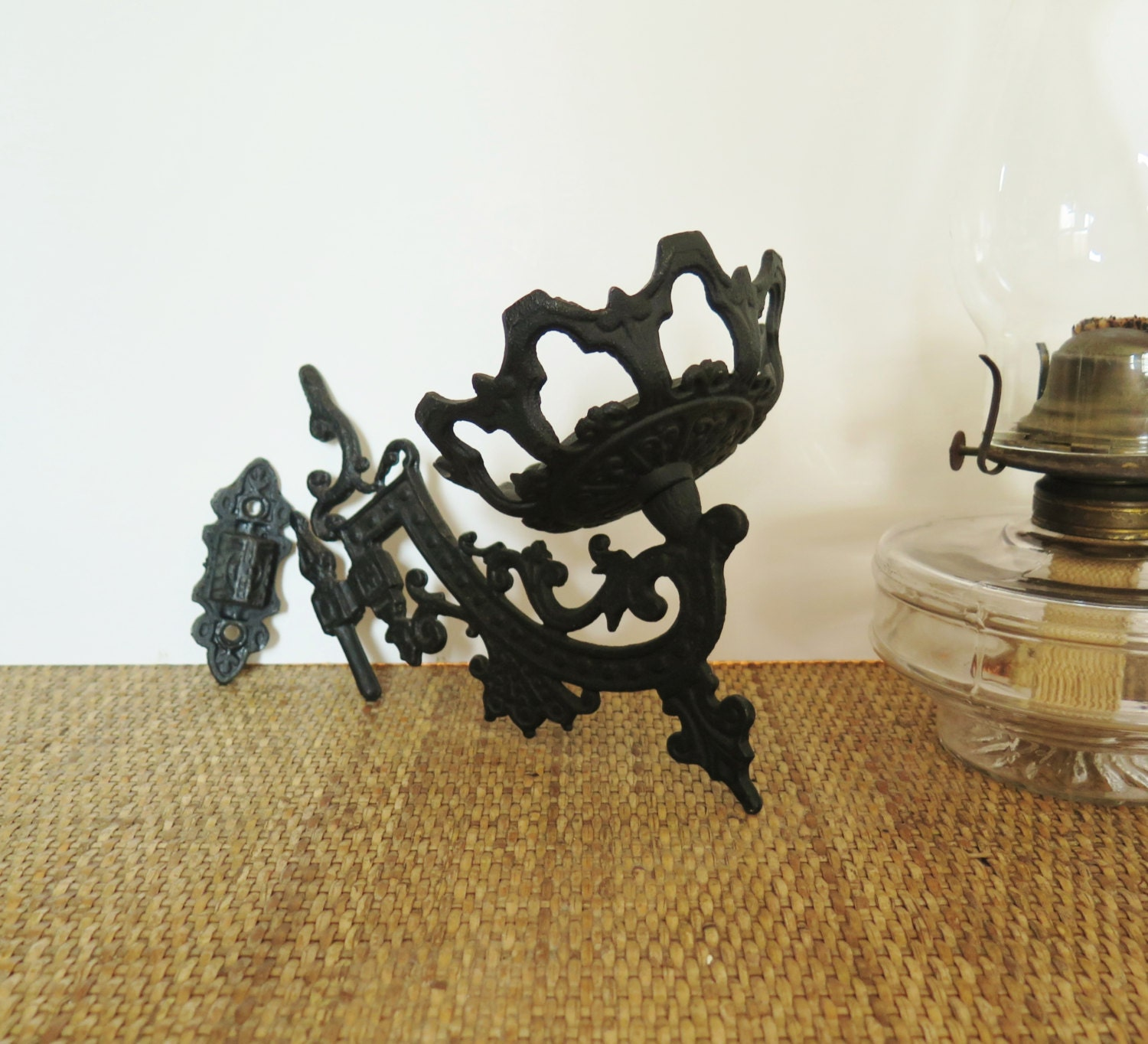 Vintage Cast Iron Oil Lamp Holder Or Plant Stand Wall Mount