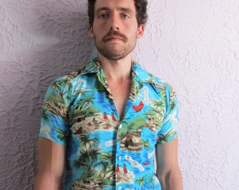 60's Vintage Men's  Tropical Rayon Shirt Jamaica small