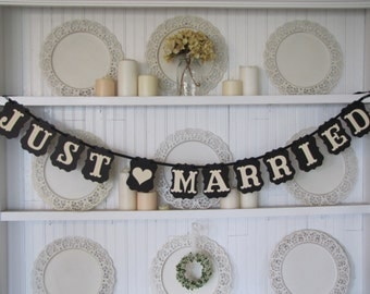 JUST MARRIED Wedding Banner, Just Married Wedding Sign, Wedding Decoration, Wedding Car, Country Wedding, Rustic Wedding, Classic Wedding