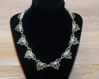 Necklace Hearts Angels Silver Tone Unsigned Vintage Beauty Wedding Jewelry Jewellery Bridal Party Prom Gift Guide Women