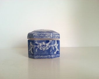 vintage Chinese porcelain trinket box with florals   signed in Chinese and English Made in China   blue willow trinket box   blue willow box