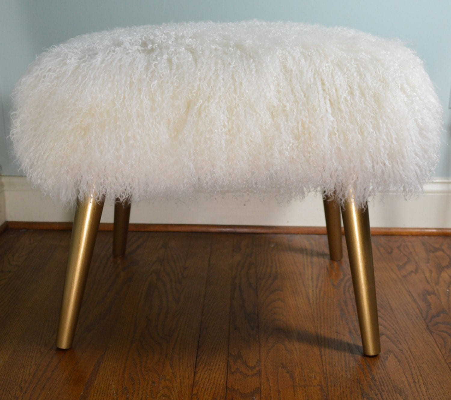 🔎zoom - Real Mongolian Lamb Bench Stool Wood Legs With Gold Finish