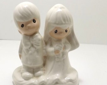 Wedding cake topper, Bride and groom for wedding or shower, similiar to Precious Moments