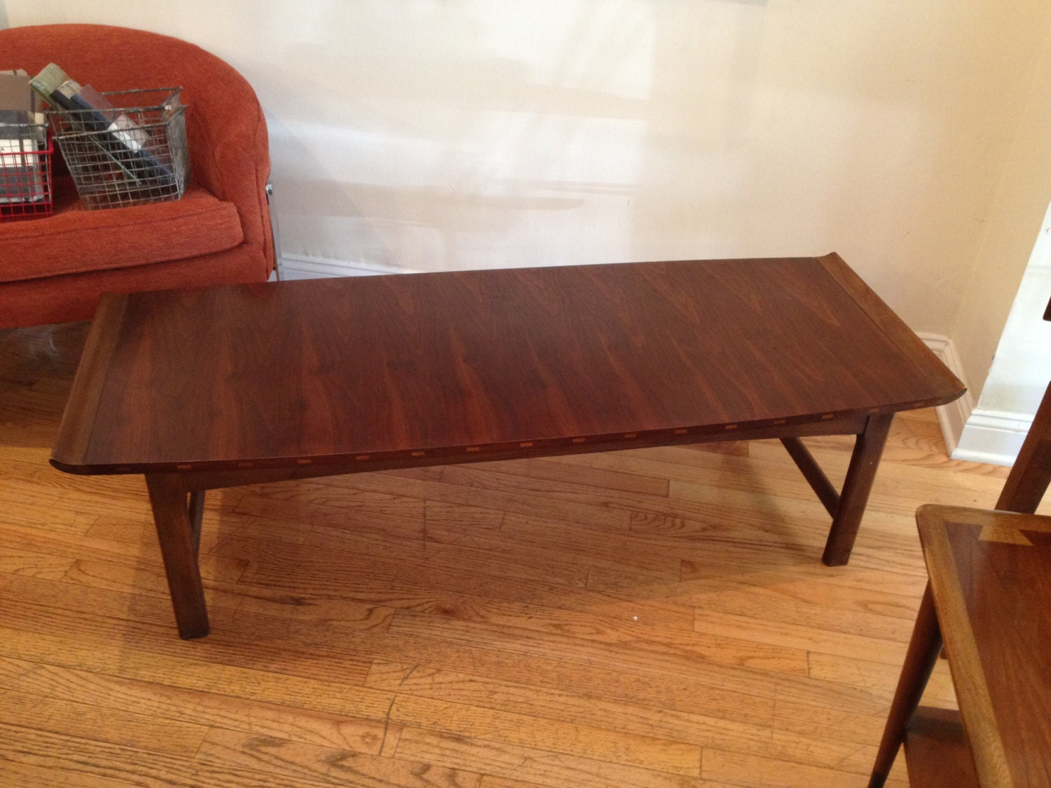 mid century lane coffee table by bcdrygoods on etsy. Black Bedroom Furniture Sets. Home Design Ideas
