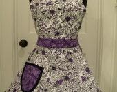 Apron-PLUS SIZE Purple & White Floral Full Sweetheart Apron