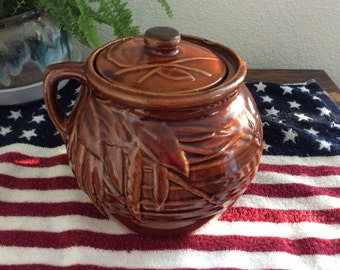 McCoy Bean Pot-Brown Vintage collectible Pottery-McCoy ceramic container mid century glazed with bean pods and lid