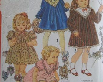 Vintage 1982 Baby Toddler Cinderella Dress - Simplicity 5629 - Size 4 - Toddler