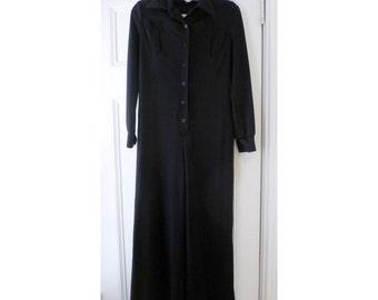 Vintage 1970s Black Jumpsuit/Romper - L