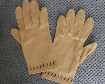 Vintage Gloves Ivory Cotton by Wear Right