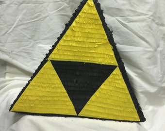 Triforce pinata