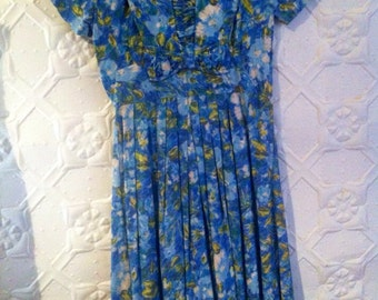 Amazing 1940s watercolour , cotton blues and yellows, handmade housedress.