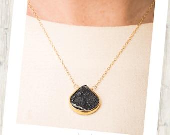 Druzy Black Delicate Gold-Rimmed Gemstone Sweetheart Drop Necklace