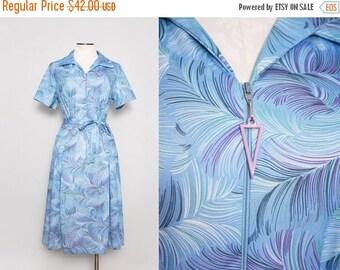 SALE 1970s Feather Print Dress / Vintage 70s Blue Dress / Large