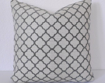 Velvet gray quatrefoil geometric decorative pillow cover