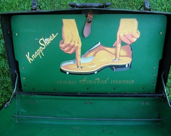 SALE Vintage Salesmans Suitcase for Knapp Shoes Burlington Iowa MUST SEE