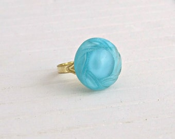 Turquoise Button Ring ..  blue ring, moonglow button, vintage button, button ring, small ring