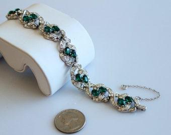 Vintage unsigned  Emerald Ice bracelet #235