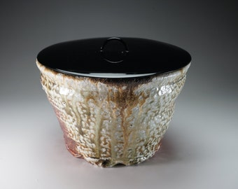 Shigaraki, anagama, ten-day anagama wood firing, with natural ash deposits bowl. bowl-70