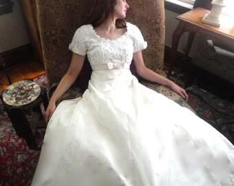 Vintage Wedding Dress, Silk Wedding Gown, Long Bridesmaids Dress, Minimalist Gown, Ball Gown, Thai Silk, Formal Gown, Cream Silk Dress