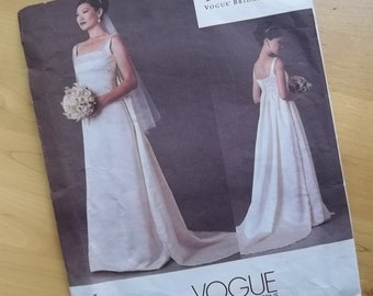 Uncut Vogue Sewing Pattern 2626 - Misses/Misses Petite Dress - Badgley Mischka - Vogue Bridal Original - Size 6-10