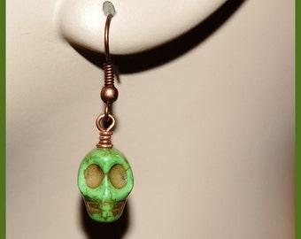 Green howlite skull earrings-Goth Fantasy Paranormal Halloween jewelry-antiqued copper w skull earrings-Spooky scary fun earrings-SRAJD