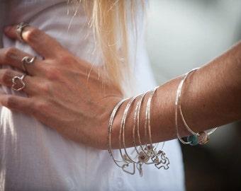 silver shell bangles, silver shell bracelets,  handmade bangles, maui shell bangles, shell jewelry, beach jewelry, Jewels of Maui