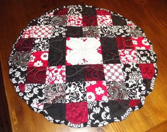 Set of 2 Round Quilted Table Toppers Lets Play Cards