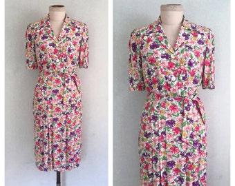 Sweet Pea dress // 1940s dress // 40s floral rayon dress // s