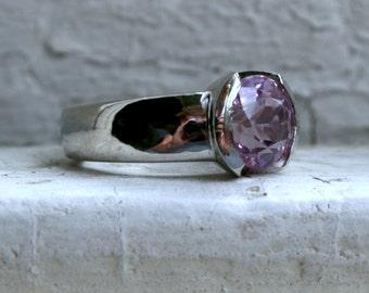 Gorgeous Vintage Pink Sapphire Solitaire Platinum Engagement Ring - 3.25ct.
