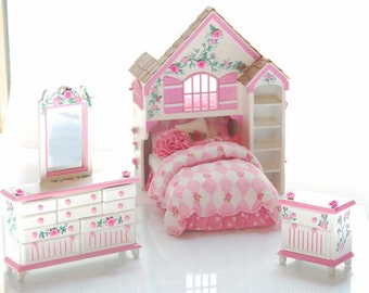 DOLLY'S DREAM PLAYHOUSE Bed Dollhouse Miniature Custom Built Dressed Hand-Painted Bright Pink 3-D Roses
