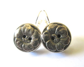 Vintage button earrings, silver flower buttons, silver lever backs