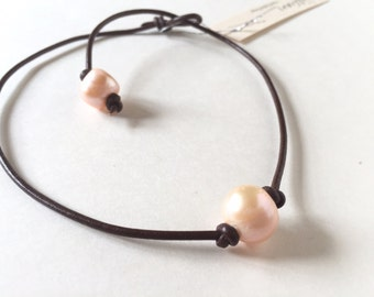Leather Pearl Choker, Pearl Leather Necklace, Peach Freshwater pearl, June Birthday, Brown Leather Pearl necklace