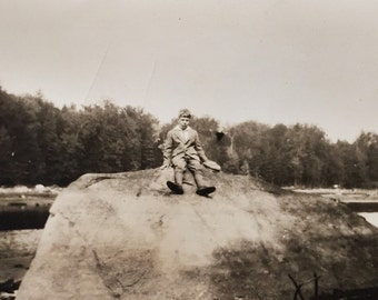 Original Antique Photograph The Twenty One Foot Long Rock