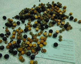 Lot of Wood Beads for jewelry, bracelet, necklaces, earrings by MarlenesAttic